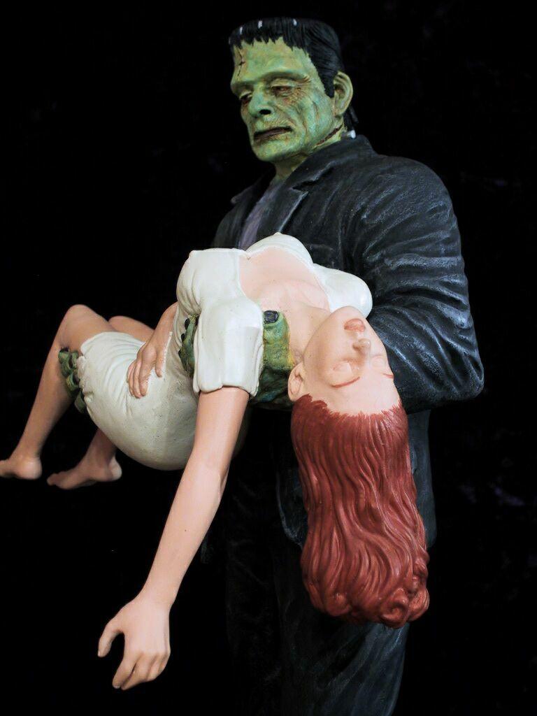 Frankenstein Carry Girl CU